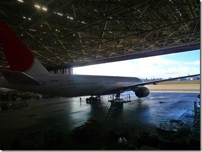 JAL工場見学格納庫