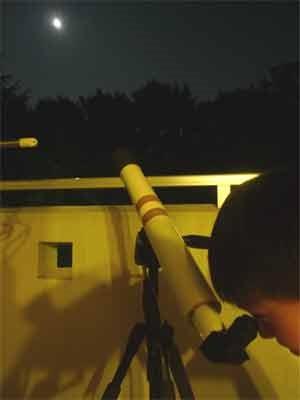 スーパームーンを天体望遠鏡で見る